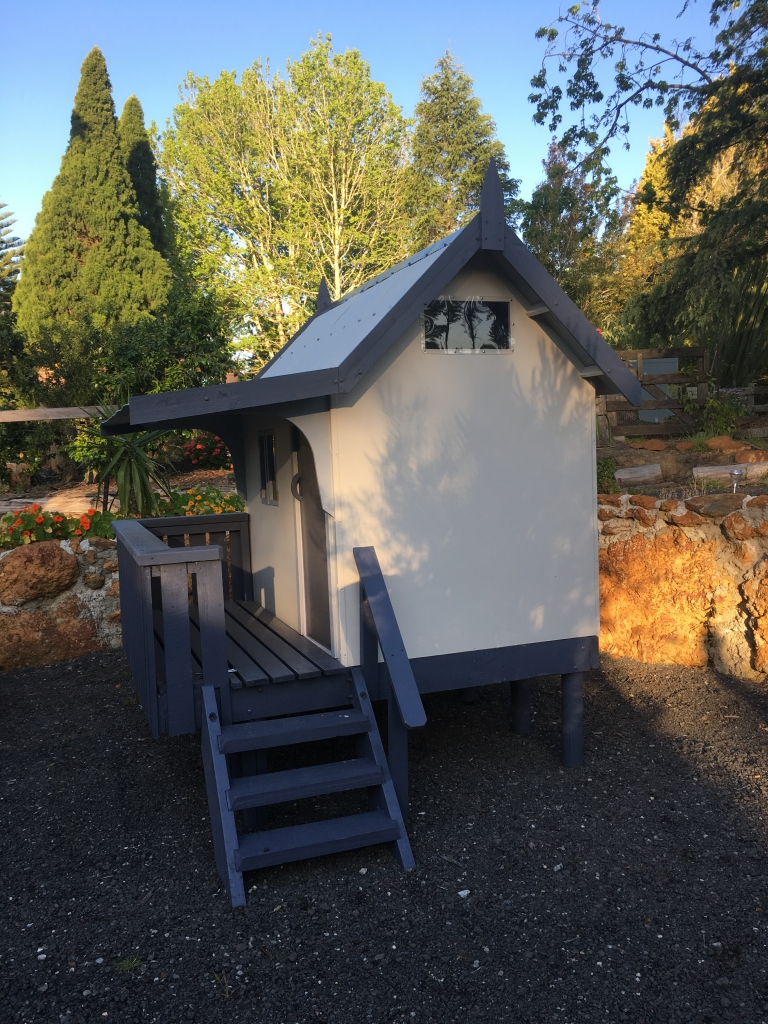 custom made cubby houses
